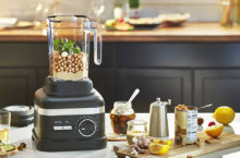 9 Reliable KitchenAid Blenders 2020 – From Smoothies to Soups, creates everything in minutes!