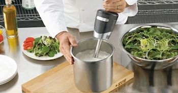 Most-popular Waring Blenders in 2020 – From light to heavy-duty, choose what you want!